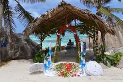 La spiaggia mozzafiato di La Digue dove si possono organizzare matrimoni da favola