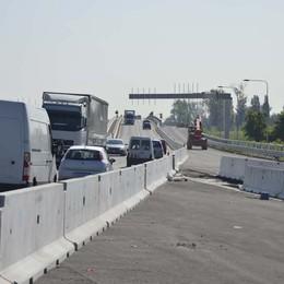Legambiente: Spianata di capannoni  Dopo l'asfalto ora arriva il cemento
