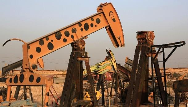 Petrolio:chiude in calo a Ny a 43,46 dlr