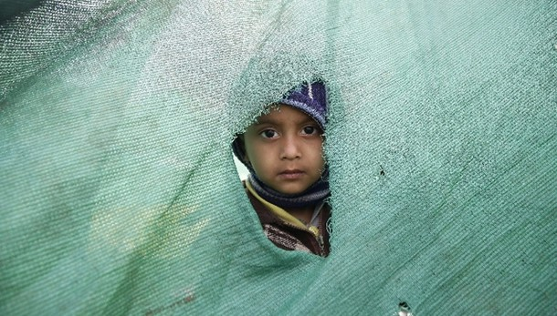 Nepal: 2 milioni minori bosognosi aiuto