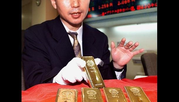 Oro: in recupero a 1.183 dollari l'oncia