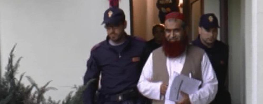 «Non Osama, Usama: è un mio amico» L'imam di Zingonia spiega le telefonate