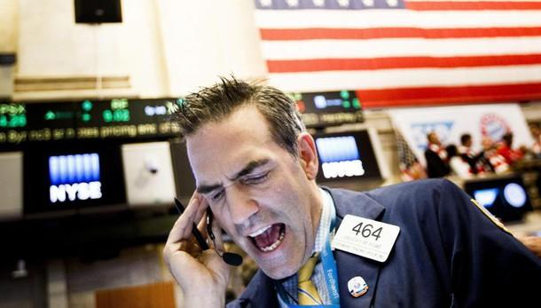 Borsa Ny apre in calo in giorno voto Usa