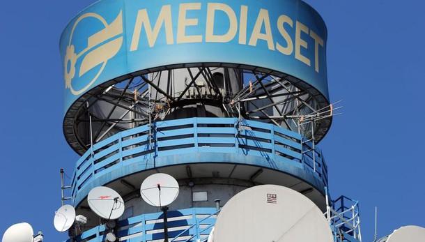 Mediaset perde 116 milioni, pesa Premium