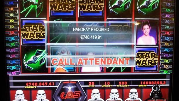 Raggi, slot machine vietate in centro