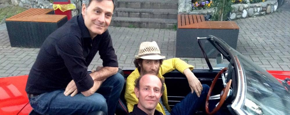 Tricarico gira il video del nuovo singolo A Bergamo con Ale&Franz - foto e video