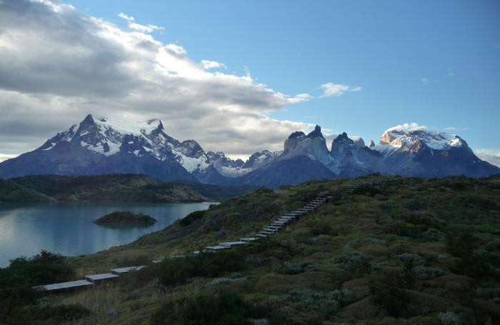 Il Parco Nazionale Torres del Paine, è una delle aree protette del Cile. È riserva della biosfera dell'Unesco dal 1978