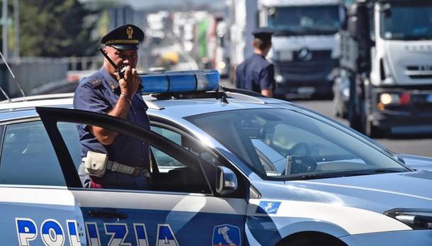 Spiati politici, due arresti