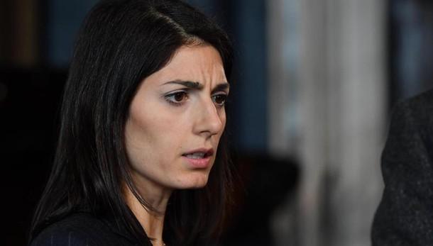 Roma: Raggi, no trattativa con Procura
