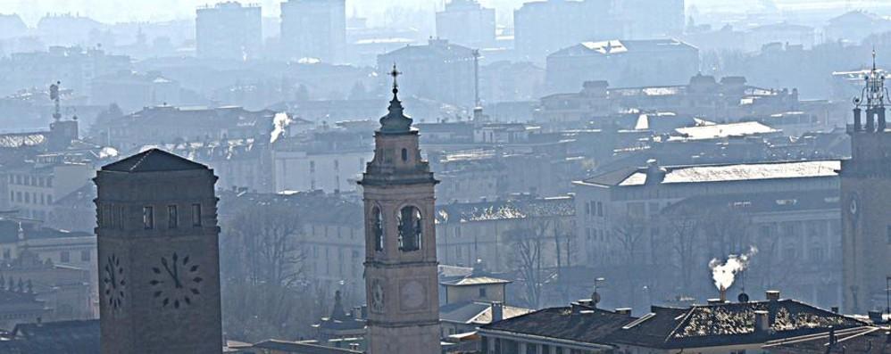 «Combattere lo smog si può» Le 10 proposte di Legambiente