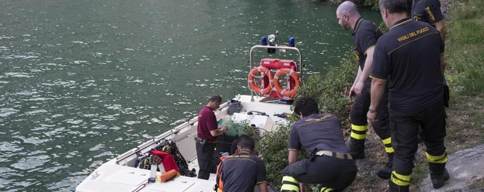 Ritrovato morto il 19enne nel lago Il corpo era a 35 metri di profondità