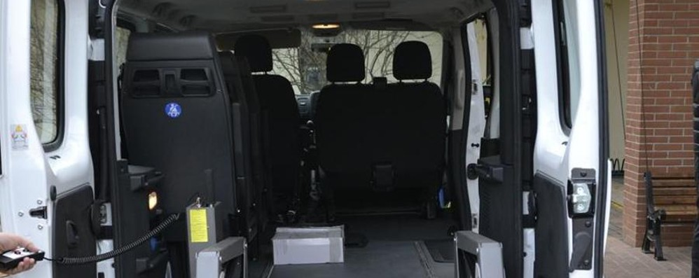 L'anonimo benefattore colpisce ancora Donati 4 furgoni per il trasporto disabili