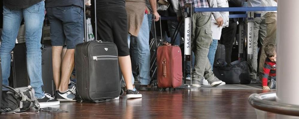 Ryanair, nuove regole sui bagagli Dal 1° novembre si cambia: ecco come