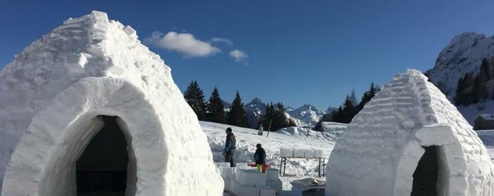 Gli igloo sono quasi pronti - Foto Giovedì si apre a San Simone