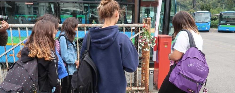 Lunedì mattina marcia degli studenti La partenza dalla scuola di Luigi
