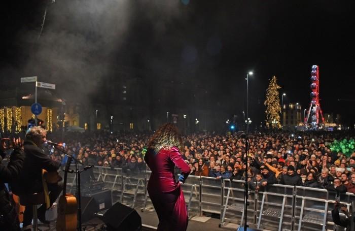 Un'immagine dal palco