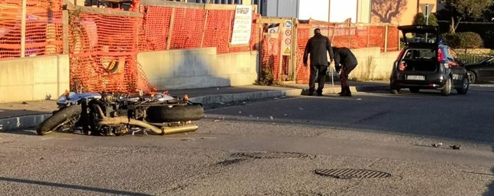 Suisio, grave incidente in moto In ospedale un 29enne