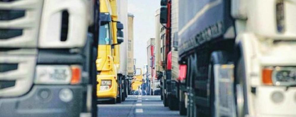Camionisti, bonus di 8 mila euro. «Il problema della carenza resta»