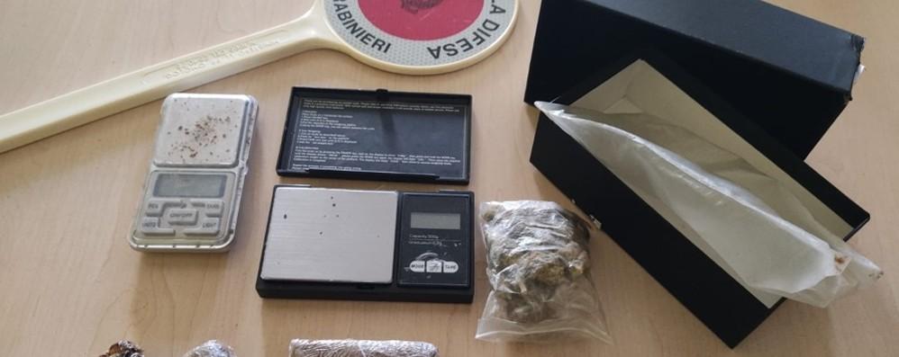 Bottanuco, sorpreso con hashish e marijuana all'ingresso del supermercato: arrestato un 18enne