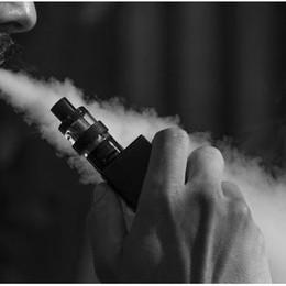 Metadone per le sigarette elettroniche e altre droghe: arrestato operaio 22enne