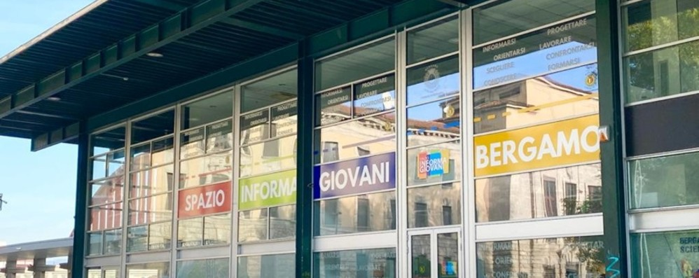 Bergamo, lo Spazio Informagiovani si sposta all'Urban Center - Foto