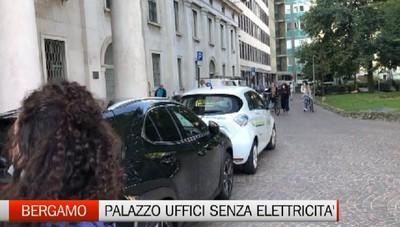 Senza elettricità, lunedì nero a Palazzo Uffici